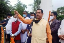 Photo of Pralhad Joshi Inaugurates 100-ft Tall Flagpole