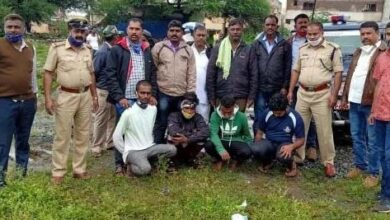 Photo of 'Customers' Help Bendigeri Police Arrest Ganja Sellers