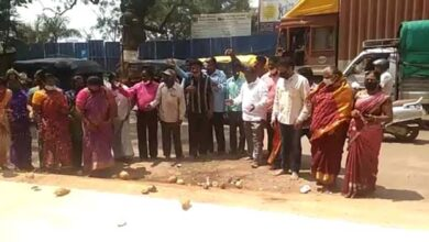 Photo of BJP Workers Pray For Speedy Recovery Of Pralhad Joshi