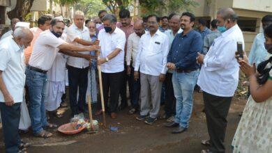 Photo of Shettar Inaugurates Tarring Work Near Global College
