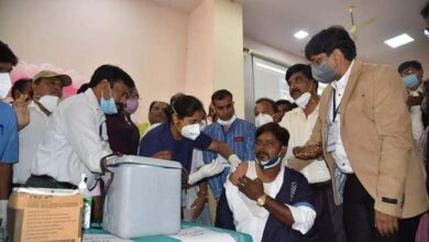 Photo of Covid Vaccination Drive: Group D Employee First To Get Covid Vaccine In KIMS
