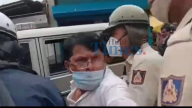 Photo of ACP Anusha Attacked In Dharwad During Anti Encroachment Drive